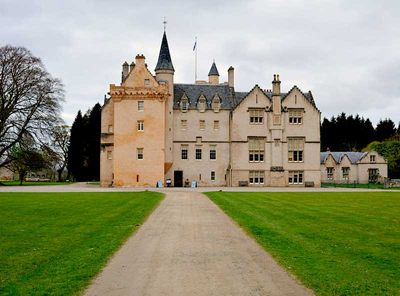 Brodie Castle is a beautiful rose coloured building with a rich history