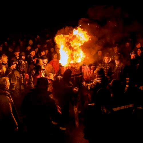 Carden - Burning Of The Clavie - Burghead - Scene 01