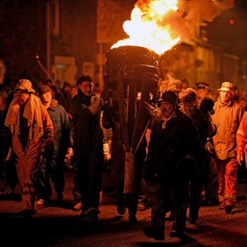 Carden - Burning Of The Clavie - Burghead - Scene 03