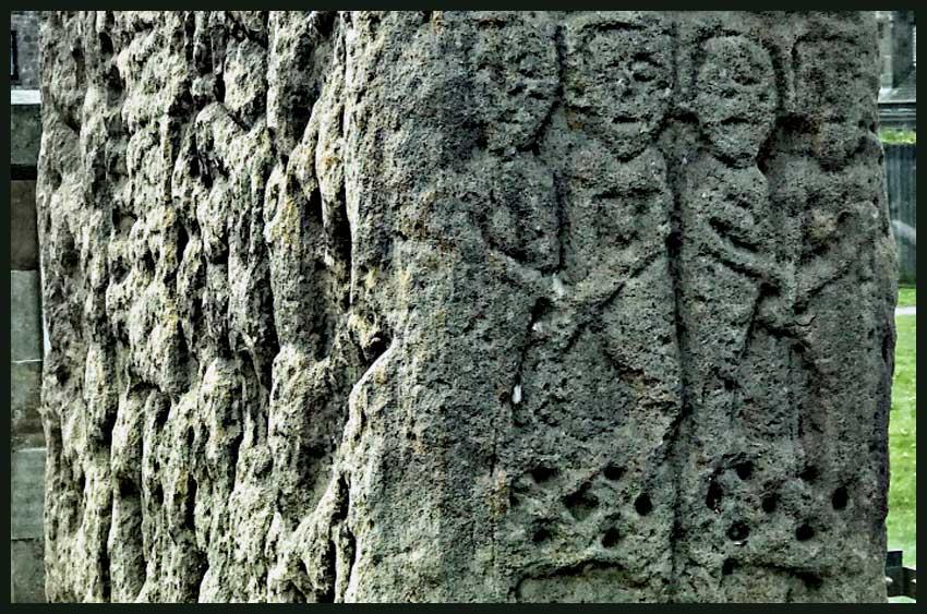 Sueno's Stone Detail