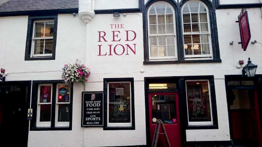 The Red Lion, Forres