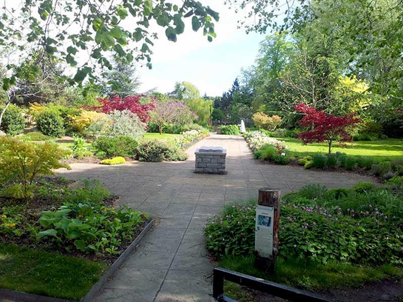 Elgin Biblical Garden - Brightly Coloured Plants